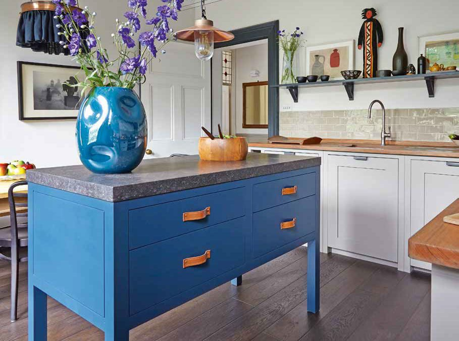 Moody Blues – Beautiful Kitchens Feature